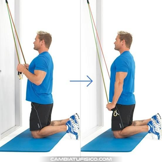 Extensiones de triceps arrodillado