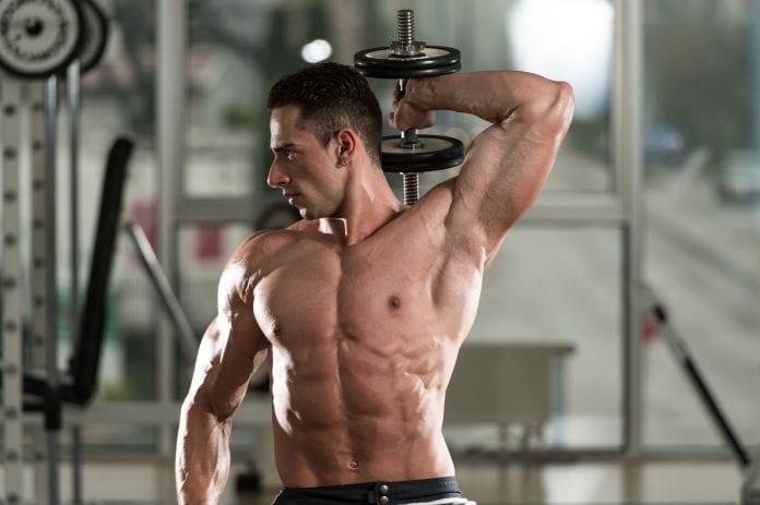 Agarre Entrenando Triceps